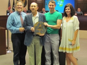 City of Modesto 2014 recycling awarded to Modesto Junk Co
